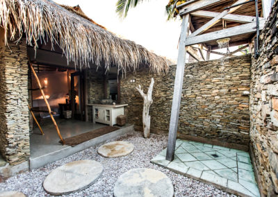 villa – outdoor bathroom and shower